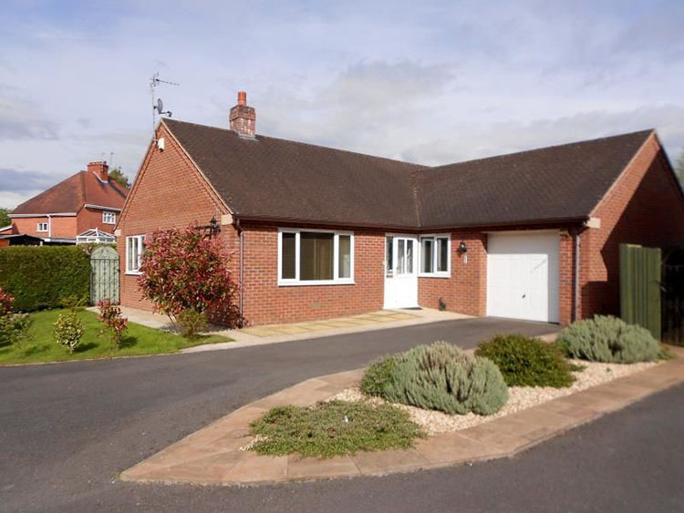excellent condition bungalow in Oswestry Shropshire