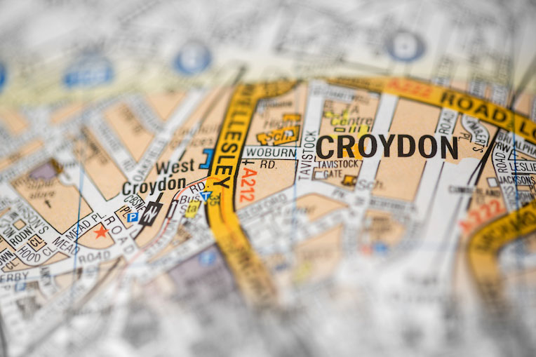 map focusing Croydon a large town in south London