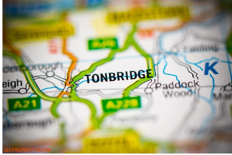 map shows Tonbridge a Town in England