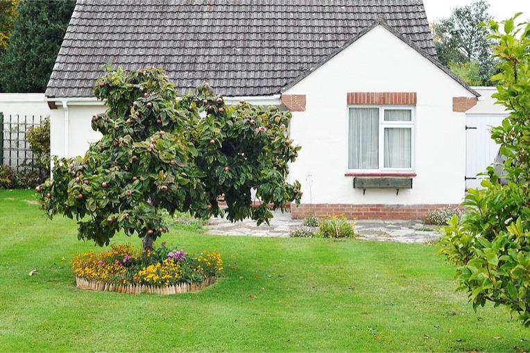Quick sale Godstone 365 Property Buyer